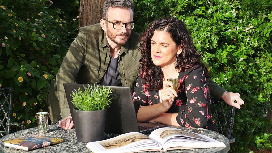 """Ana Ballabriga: """"Los cristianos que lean nuestro libro descubrirán que, en el fondo, su religión es muy parecida al islam"""""""