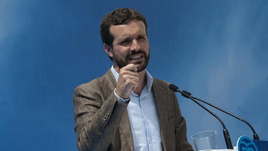 """Casado acusa Sánchez de voler """"comprar voluntats electorals"""" amb el desbloqueig dels pagaments a les comunitats"""