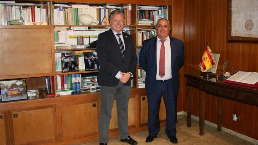 El nuevo jefe de la CHG en Córdoba informa del pago de 4 millones por el IBI de pantanos