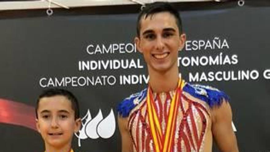 Álvaro Pradas gana el Nacional de rítmica