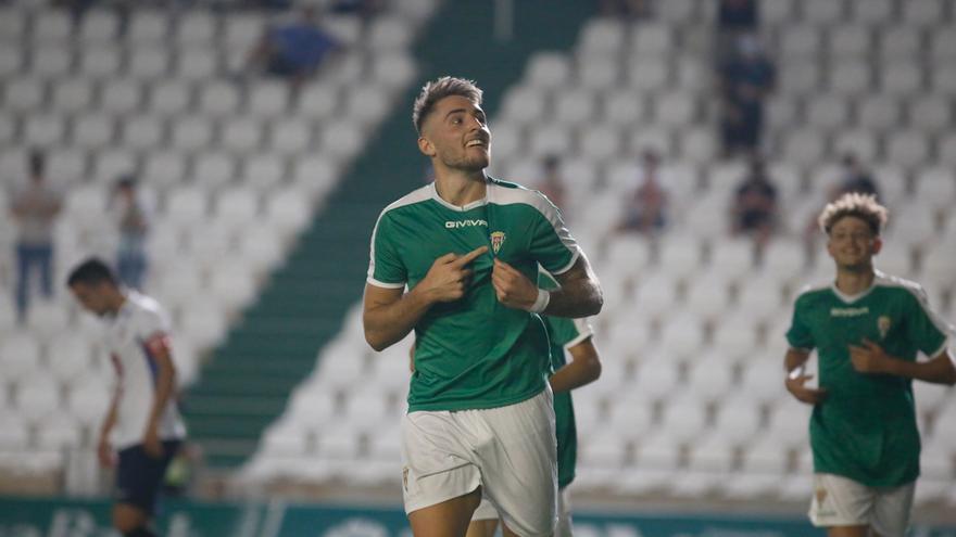 El Córdoba CF gana con un show de Antonio Casas (3-2)