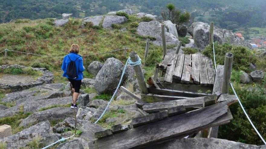 Las pasarelas del Monte do Facho se desmoronan