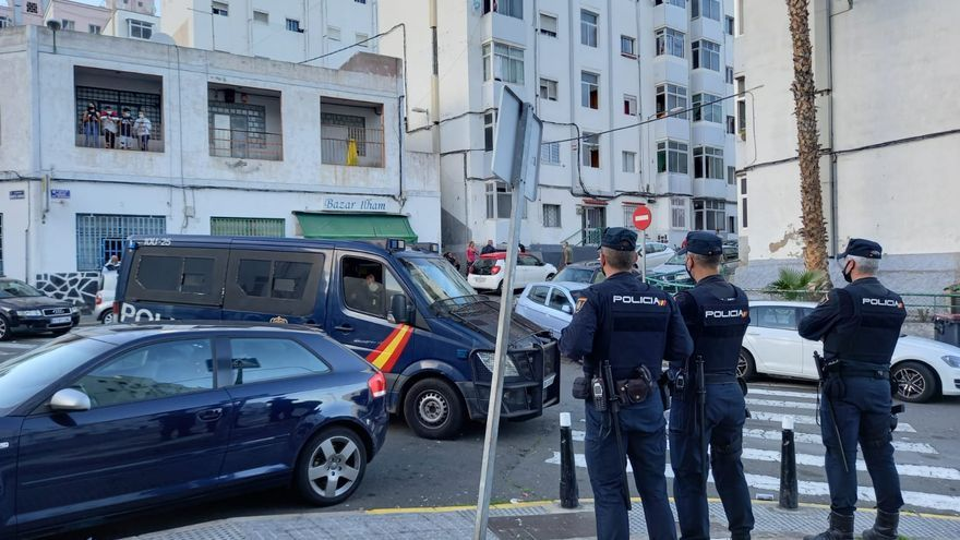 La Policía incrementa su presencia en Las Rehoyas ante los últimos altercados
