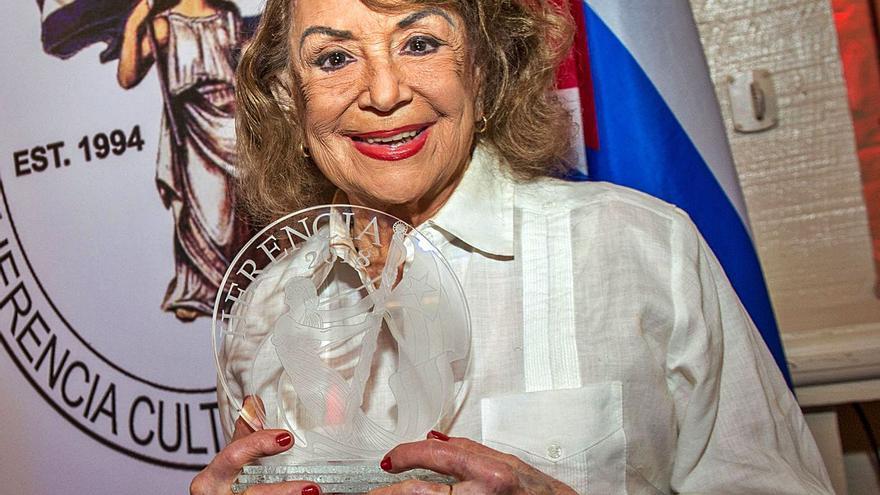 Adiós a Delia Fiallo, reina de la telenovela