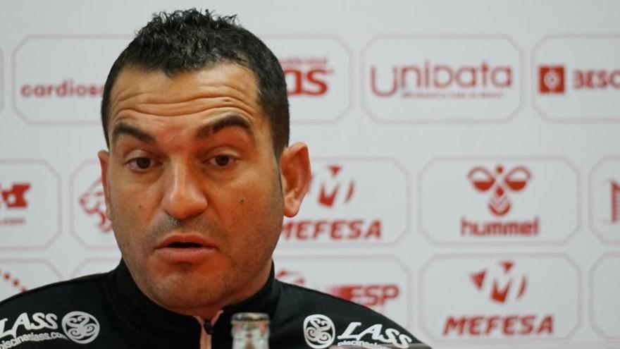 """""""Hay que sacar los tres puntos jugando mal, en el último minuto y de penalti injusto"""""""