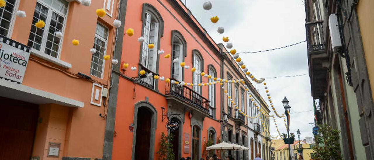 La nueva ordenanza pone límites a la saturación de las terrazas en la calle