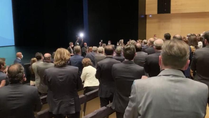 Felipe VI en su llegada a la Asamblea General CEV
