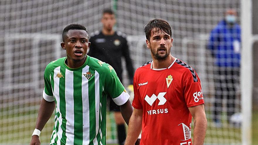 Abenza, Gurdiel e Iván Pérez, más lejos que cerca del Real Murcia