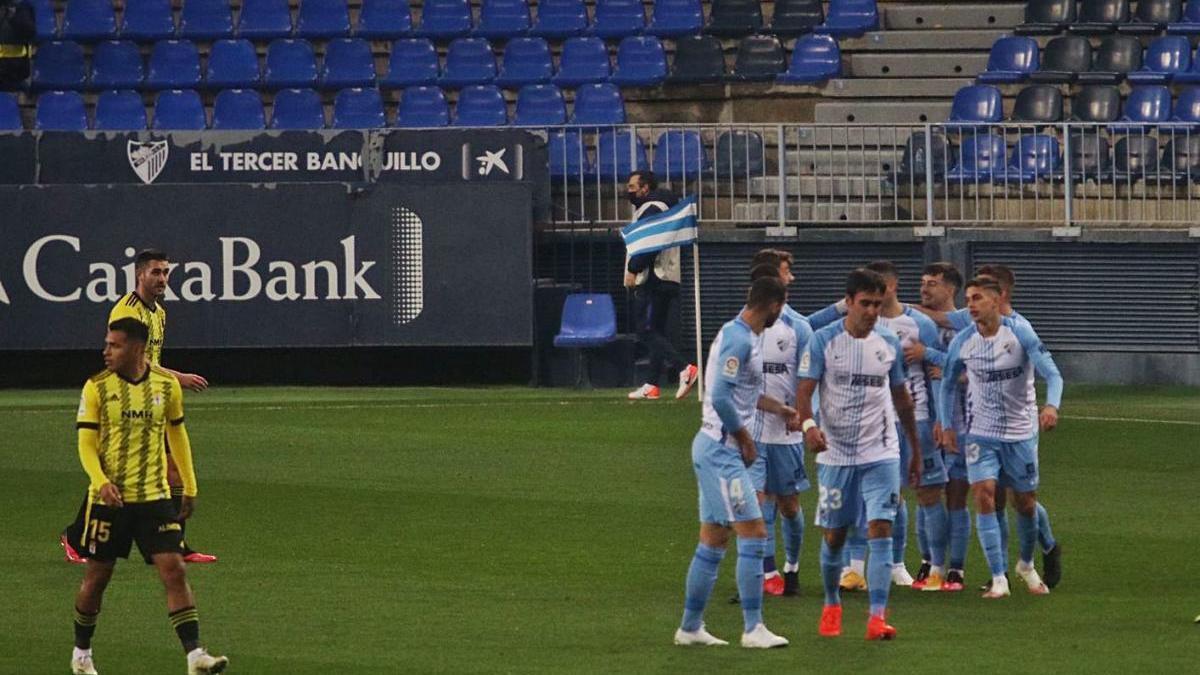 El Málaga CF empató en casa frente al Real Oviedo en la última jornada de la primera vuelta.