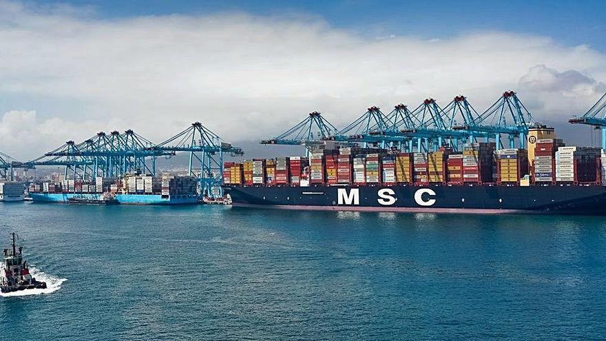El Puerto de València da cuatro meses a TiL-MSC para que retoque el proyecto de ampliación