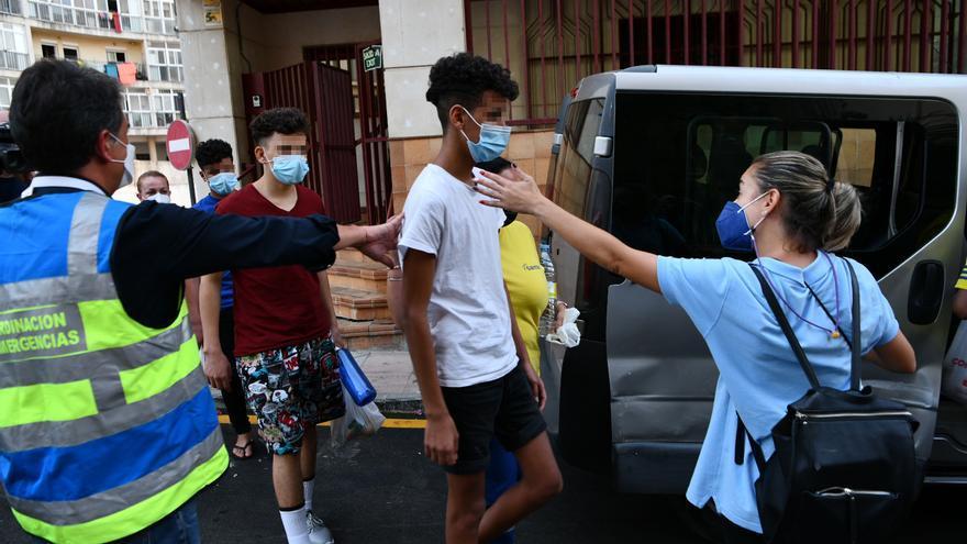 La Justicia mantiene en suspenso las repatriaciones de menores marroquíes desde Ceuta