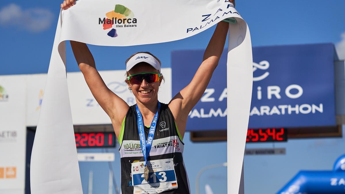 Monika Frenger, die Gewinnerin des Palma Marathons 2021.