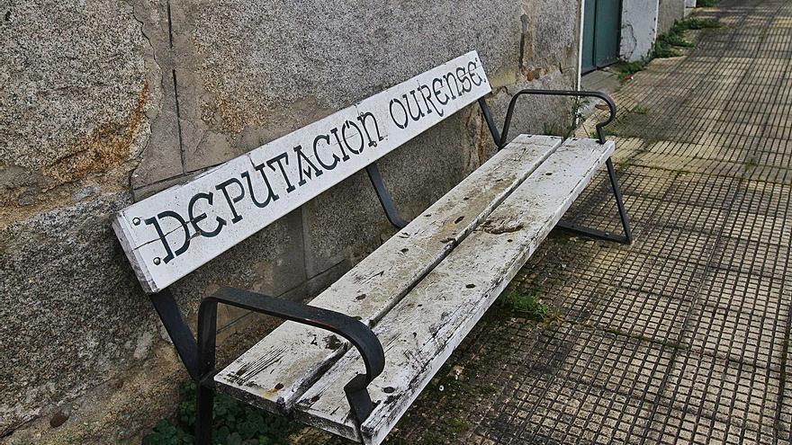Un juez pide investigar si la Diputación prevaricó en una compra de mobiliario