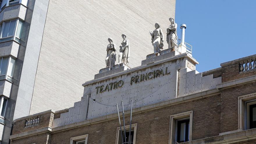 Zaragoza inicia las obras de reparación en las fachadas del Teatro Principal