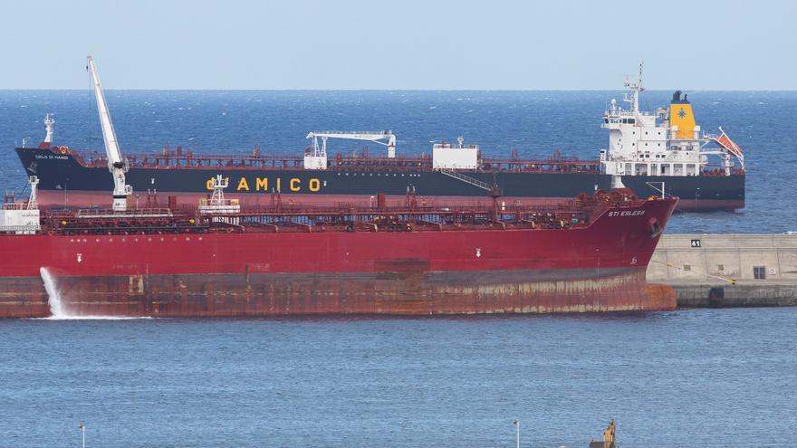 Tres marineros de un barco indio fondeado en Canarias dan positivo en Covid