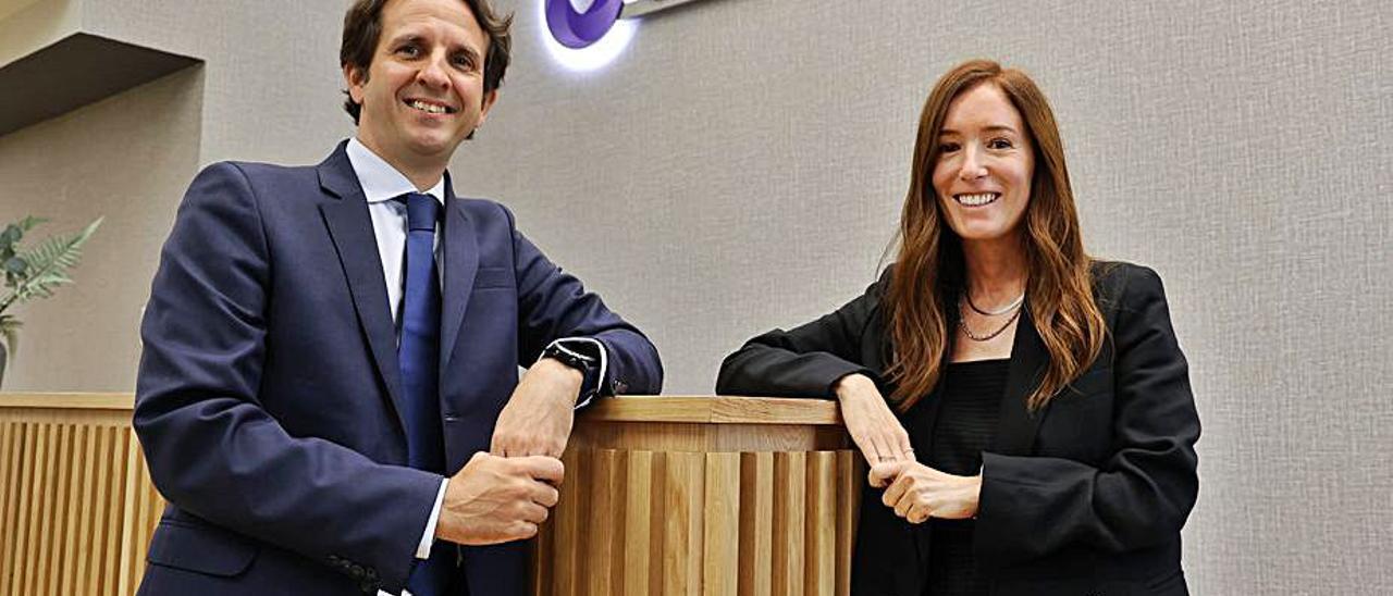 José R. Cuerva y Eva Hernando, socios de Grant Thornton.   // ALBA VILLAR