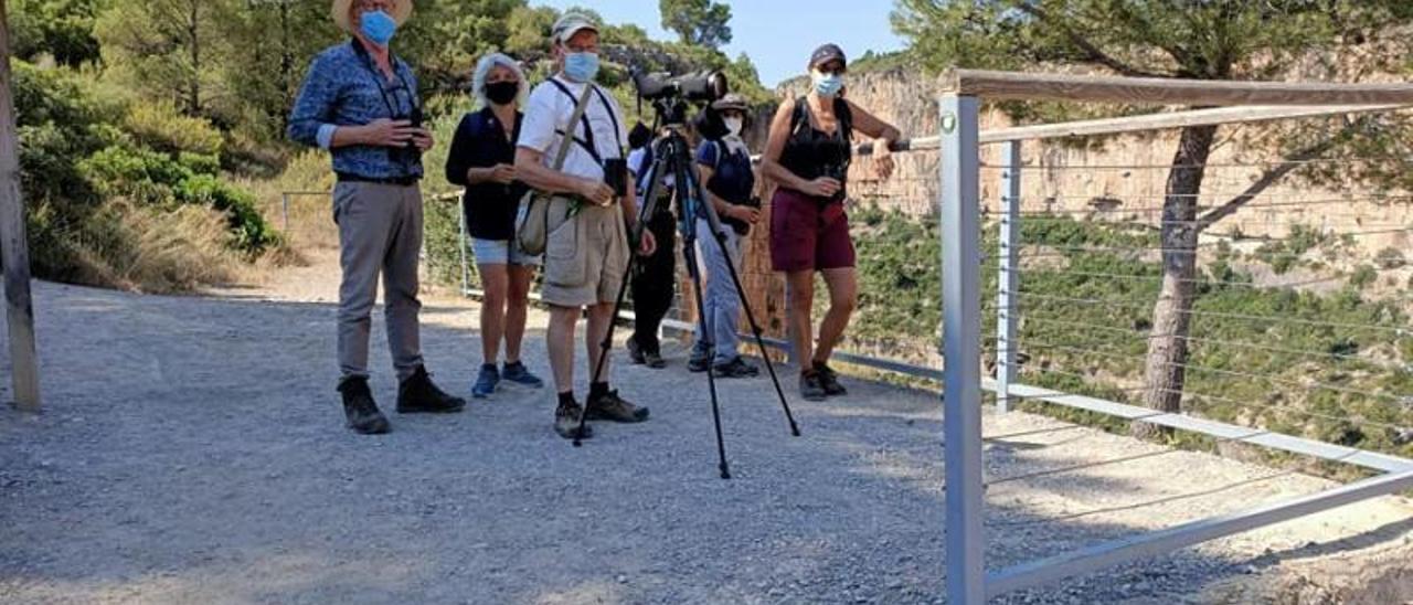 Els excursionistes en el mirador dels Calderons. | SVO