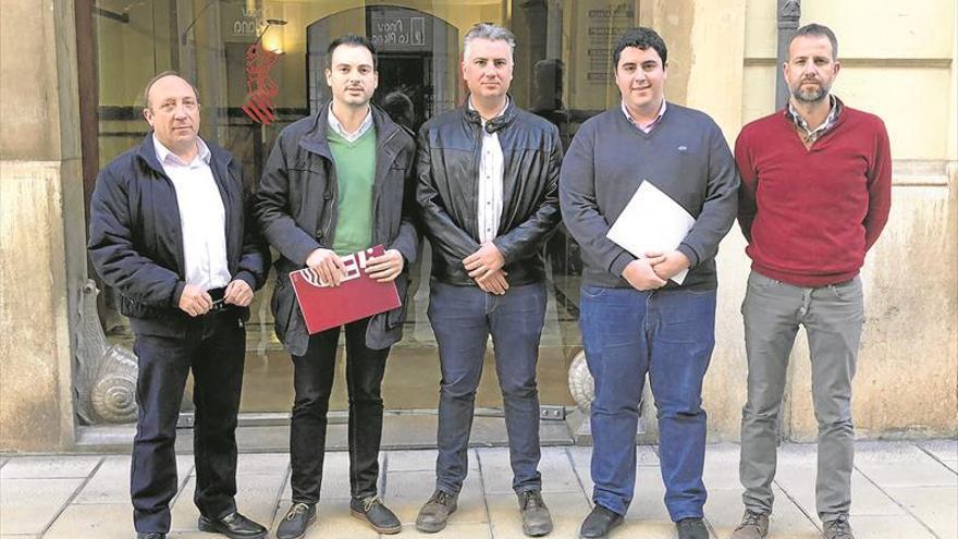 Los alcaldes de Castellón 'aprietan' a Les Corts para abolir el segundo médico en el 'bou'