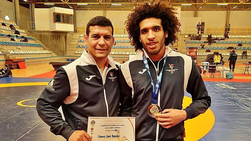Baleares suma 18 medallas en los Nacionales de lucha