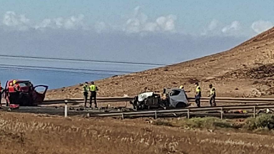 Un adelantamiento provocó el accidente con tres muertos de Tinajo