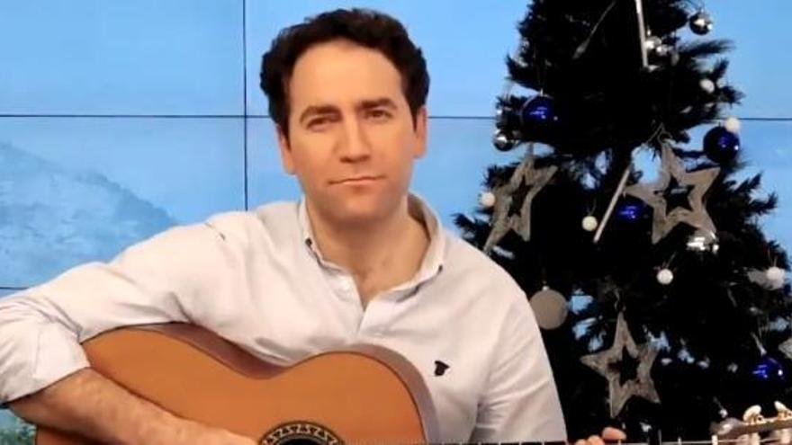 La llamativa felicitación musical de Teodoro García Egea