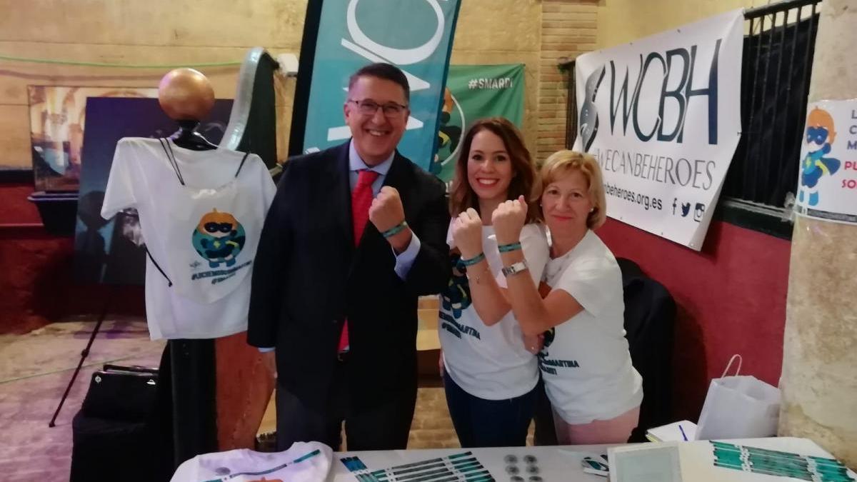 Recaudan más de 1.300 euros para la campaña #LuchemosConMartina en Cabalcor