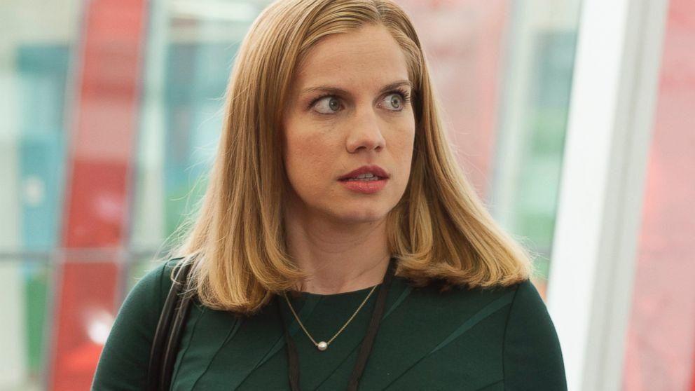 Anna Chlumsky en la serie 'Veep'.