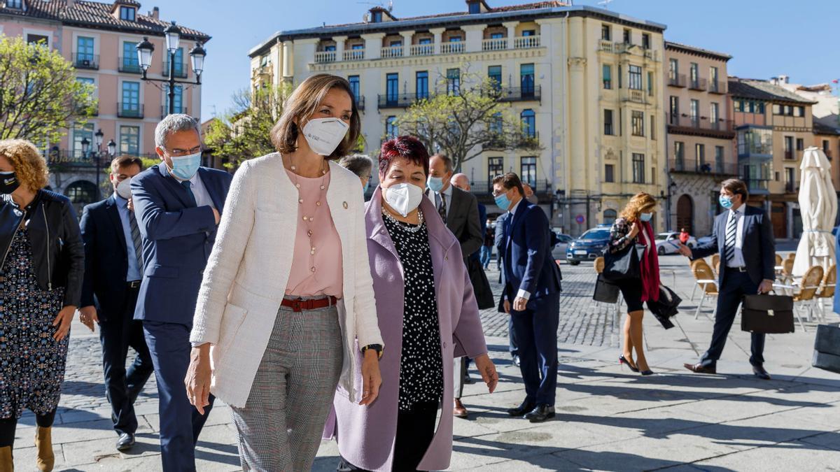 La ministra de Industria, Comercio y Turismo, Reyes Maroto, ayer en Segovia
