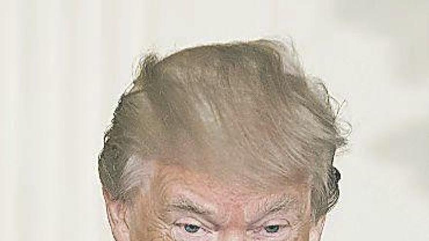 Donald Trump cuestiona la imparcialidad del fiscal que investiga la injerencia rusa