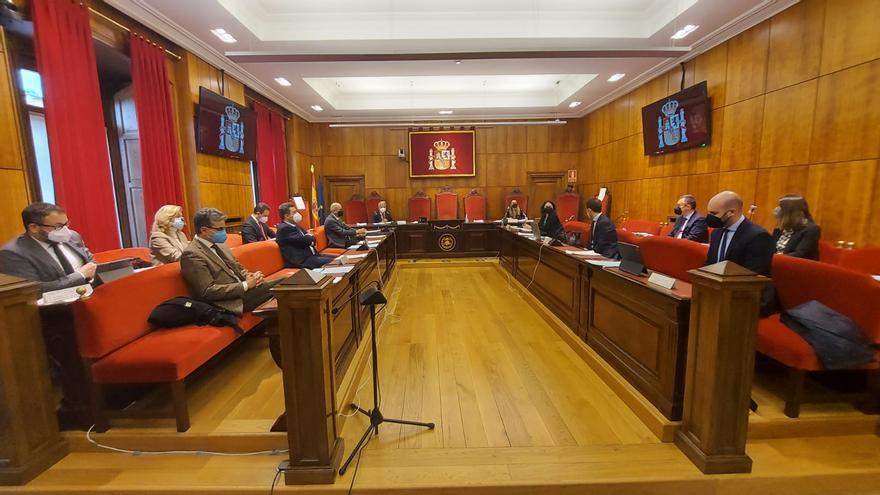 El TSJA, harto, exige al Principado un plan de inversiones para acabar con la precariedad de la justicia