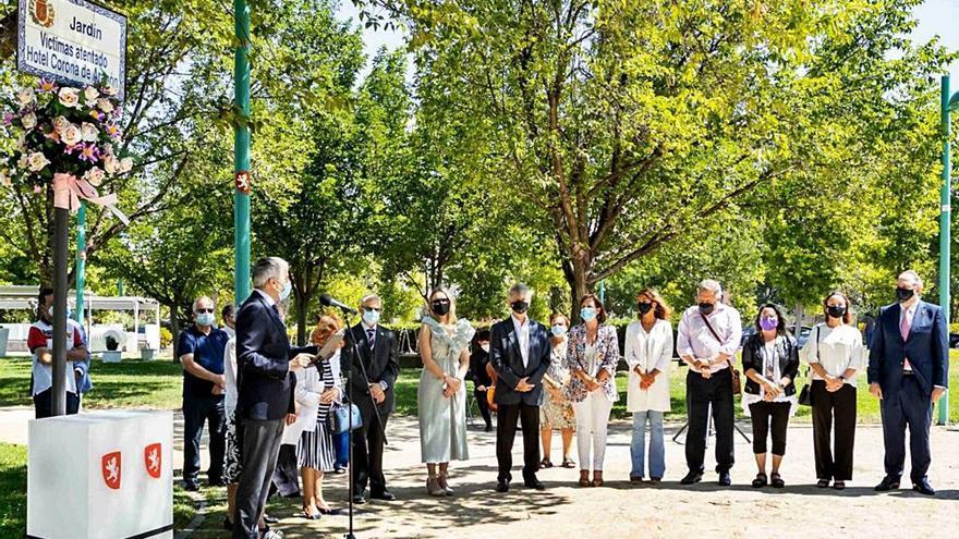 La cara B de los homenajes a las víctimas en Zaragoza