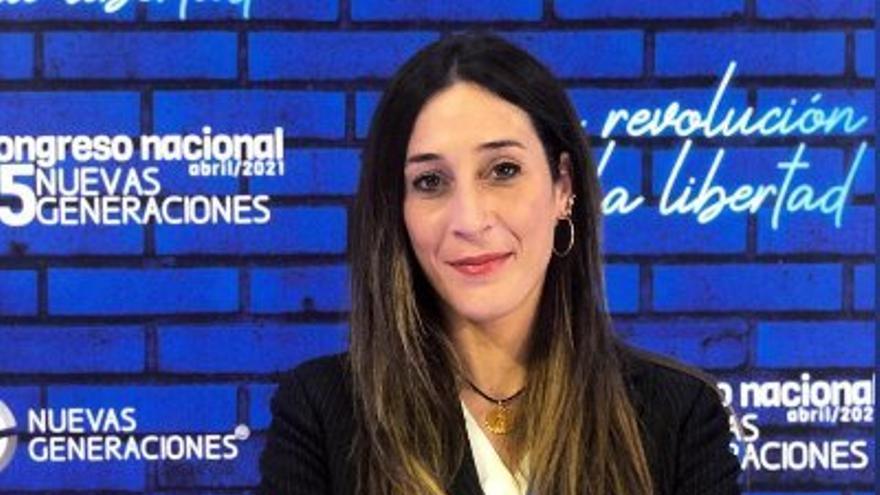 La alicantina Eldemira Ferri, elegida vicepresidenta de la organización juvenil del PP europeo