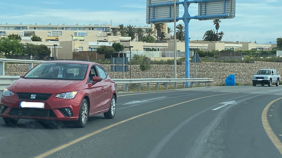 Las obras que iban a cortar la circulación entre Alicante y Urbanova no han comenzado