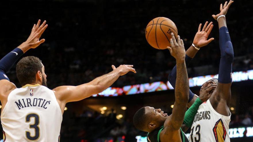Nikola Mirotic brilla con un 'doble-doble' en el triunfo de los Pelicans ante los Celtics