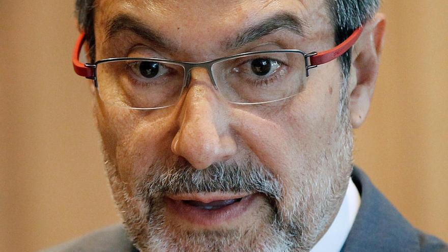 Perfil: El ministro que dispersó a los presos de ETA