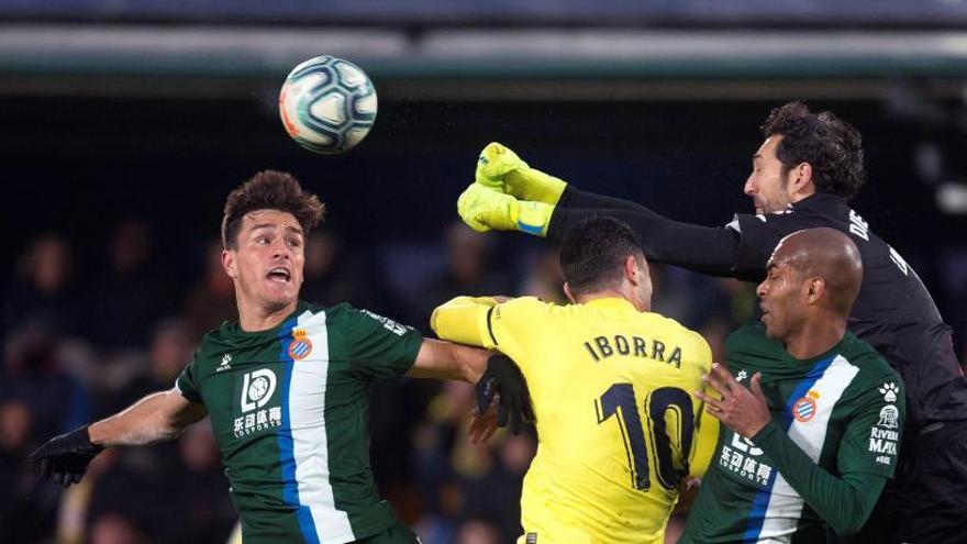 VÍDEORESUM | L'Espanyol reacciona i aguanta mitja hora amb deu (1-2)