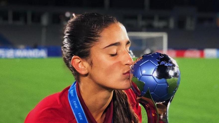 Jana Fernández: «La felicitat de ser campiona és molt gran»