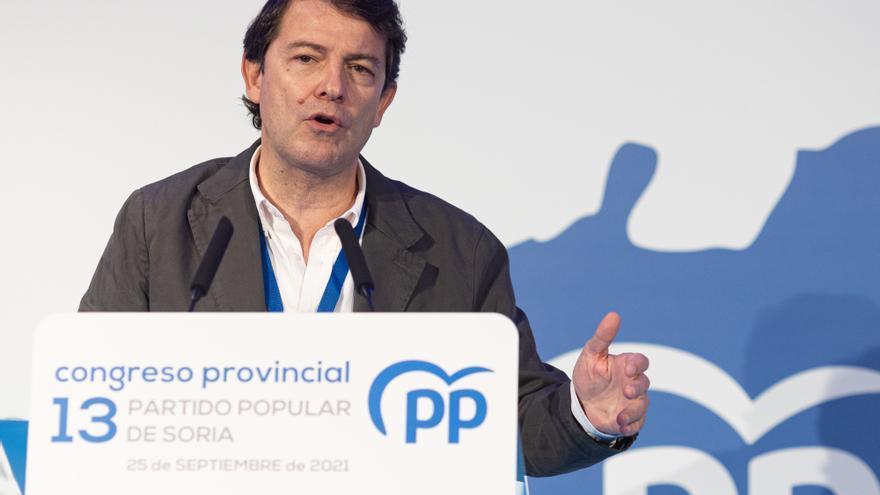 """Mañueco afirma que en Sanidad solo lo moverán de su posición """"para mejorar los servicios"""""""