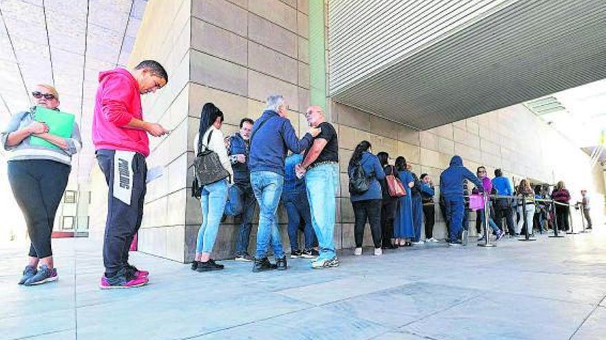 La falta de personal fuerza a Vivienda a ceder las ayudas del alquiler al ITC