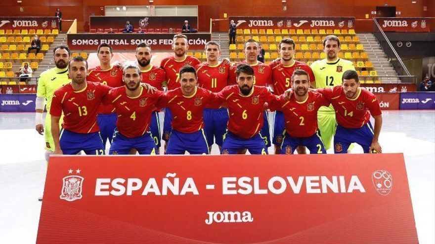 España supera las circunstancias adversas