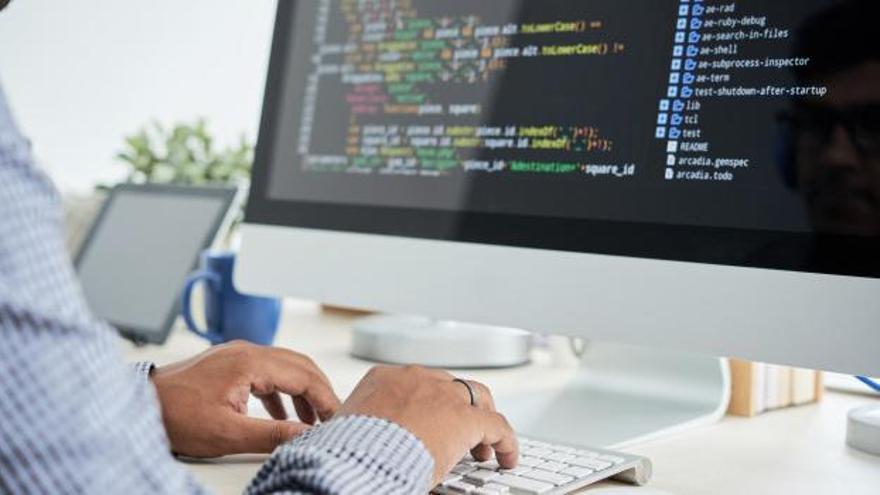 La informática y las telecomunicaciones se han convertido en el sector de referencia.