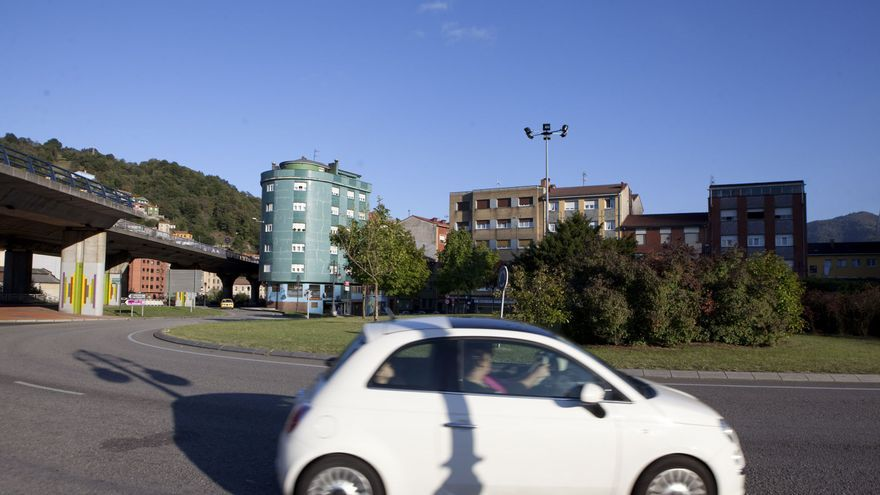 Regulación del tráfico mañana en Langreo por el paso de la Vuelta Cicloturista