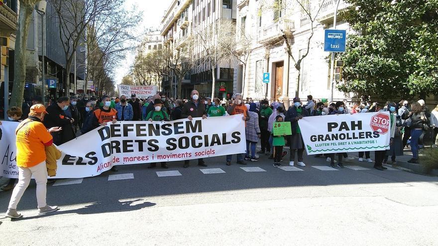 Cientos de personas en toda España piden una ley que asegure viviendas dignas