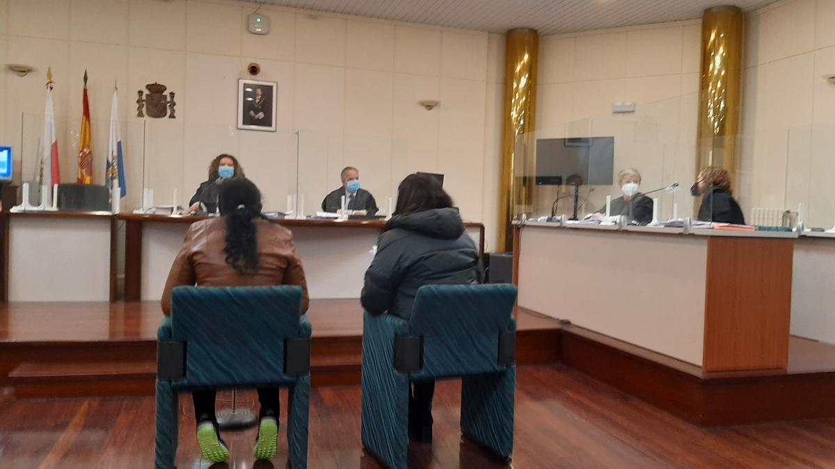 Un momento del juicio a la acusada de matar a su cuñada en Cantabria