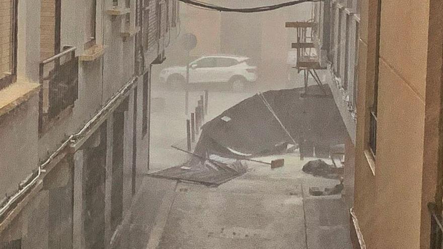 Una tormenta de viento y granizo sorprende a los vecinos de Castelló