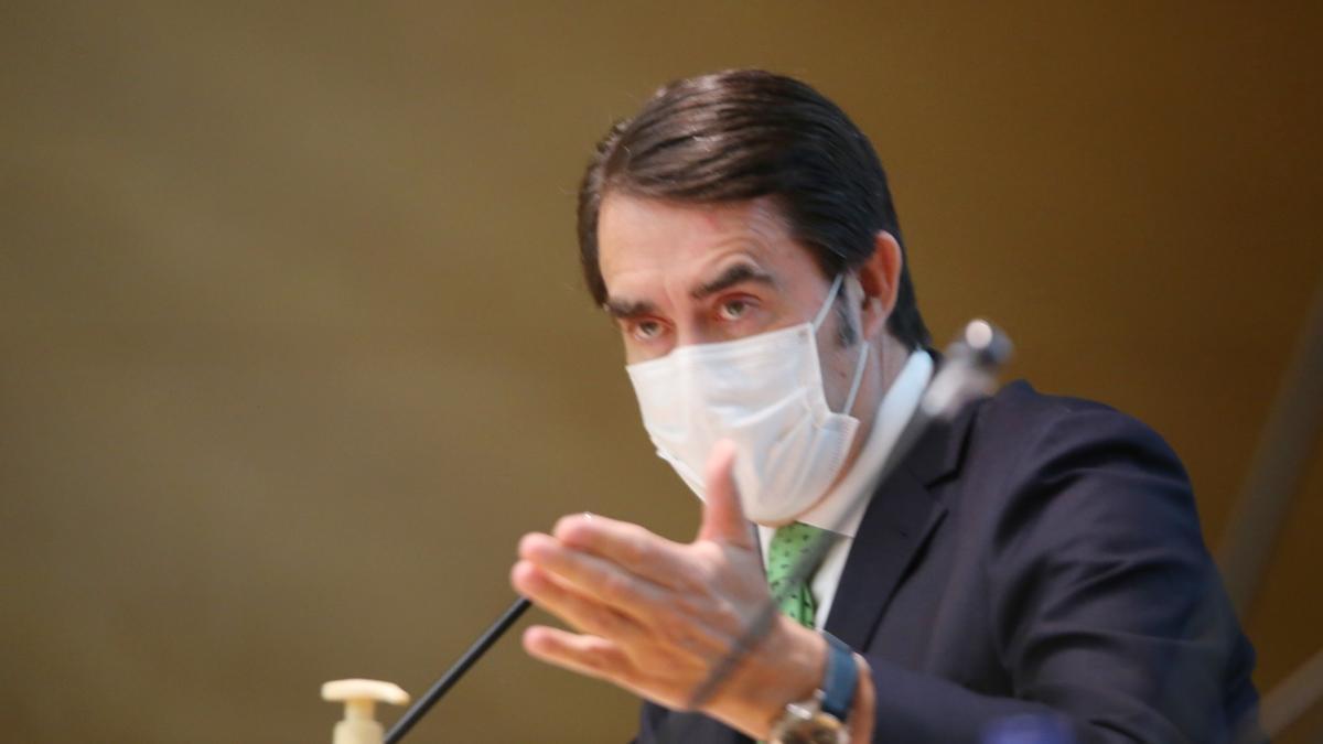 El consejero Suárez-Quiñones durante una comparecencia pública.