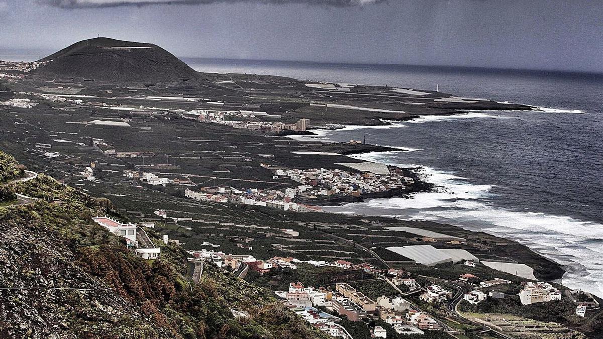 La costa del municipio de Los Silos y de Buenavista del Norte, desde Garachico.