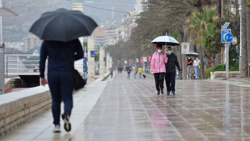 Alerta amarilla en la Comunitat Valenciana por fuertes rachas de viento y lluvia