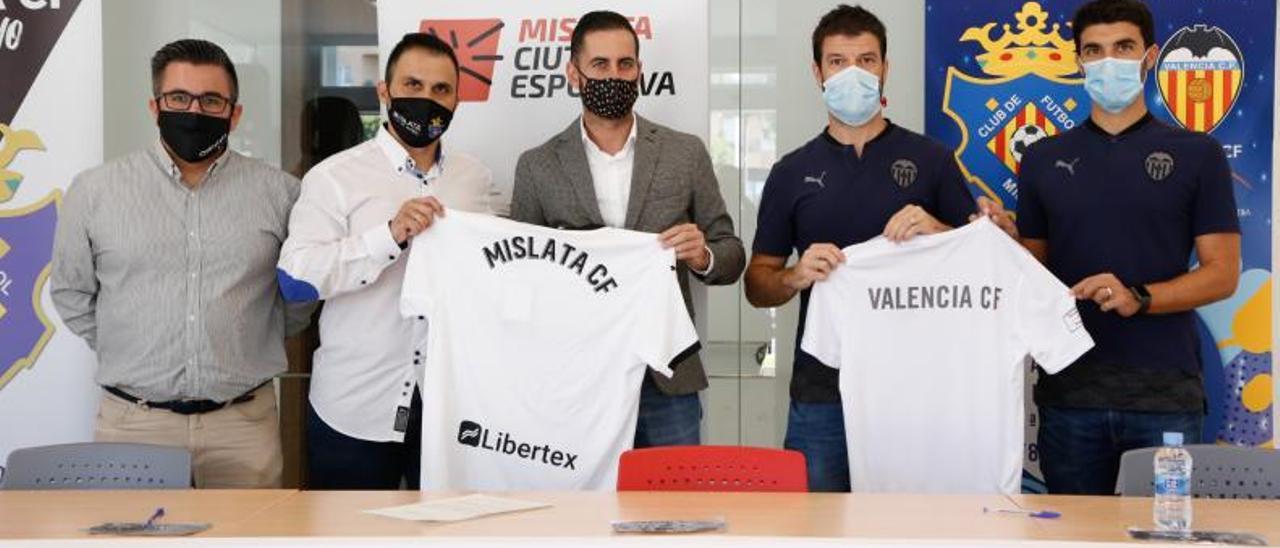Alianza entre las escuelas del Mislata CF y el Valencia CF