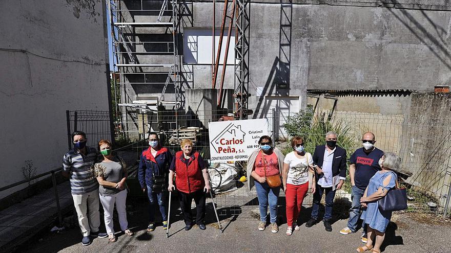 Acusan al Ayuntamiento de permisividad en la obra del Barrio de Abaixo de Lalín